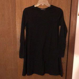 Boohoo black shift dress